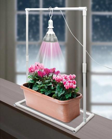 Лампа для рассады на подставке